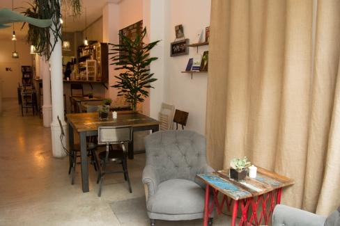 el-cafe_interior_8ceced53d4fba467209402fc537ef8ca